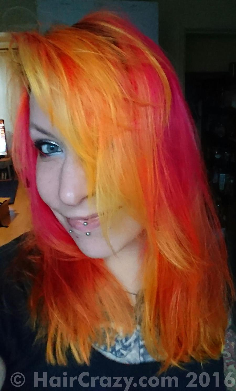 Lillithsilver -   - Manic Panic Electric Banana   - Special Effects Atomic Pink   - Special Effects Candy Apple Red   - Special Effects Hot Lava
